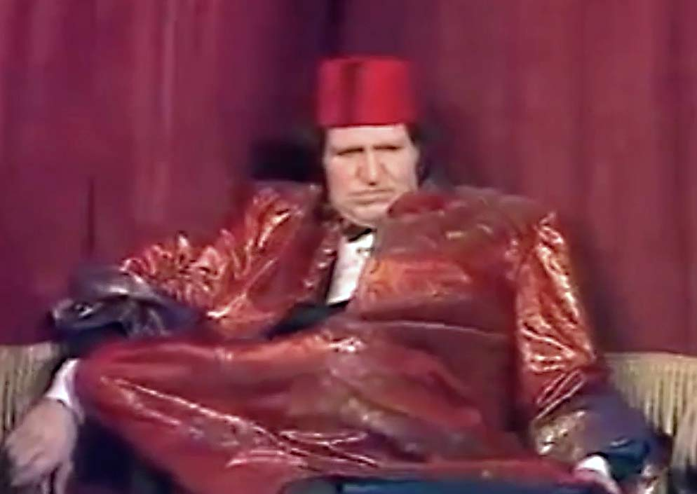 The Comedian Tommy Cooper Dies On Tv Horror Galore